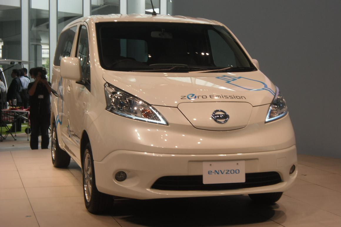 Nissan e-NV-200 launched in Japan