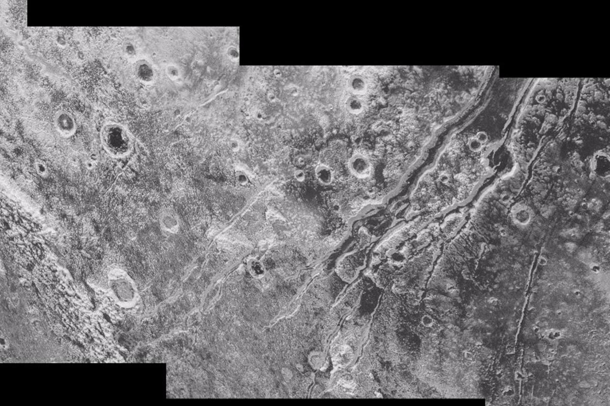 The surface features of Pluto indicate that it could have a subsurface ocean