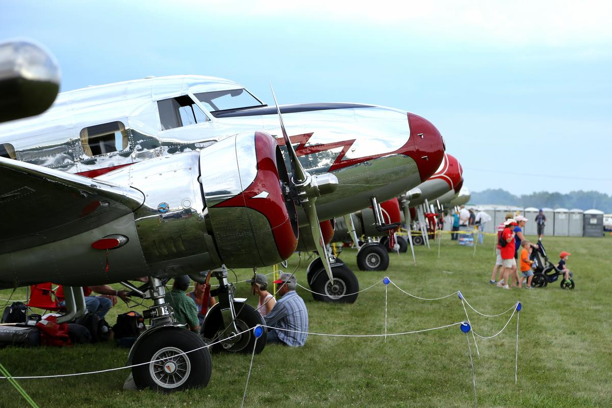 Lockheed Model 10 Electras at EAA AirVenture (Photo: Angus MacKenzie/Gizmag.com)