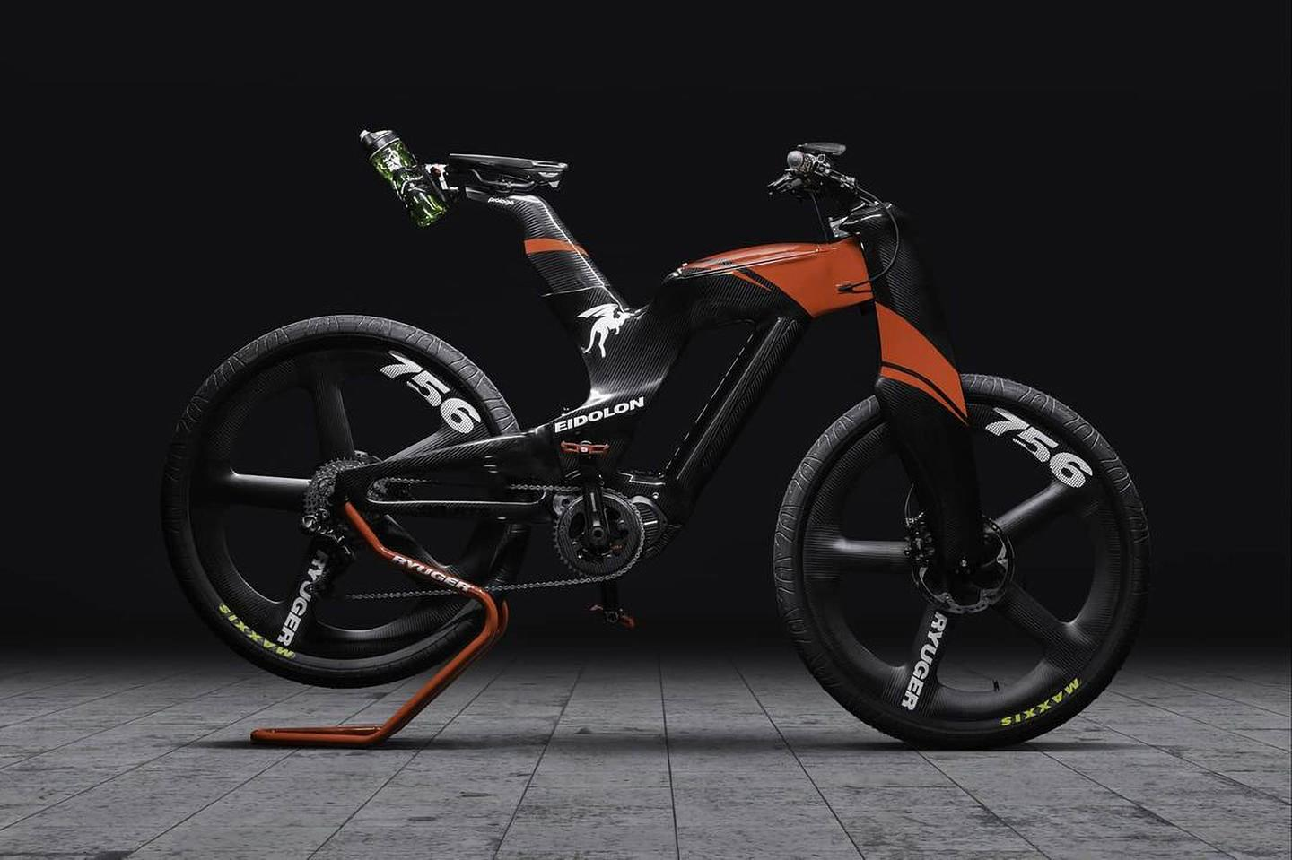 The entire Eidolon ebike weighs just 19 kg