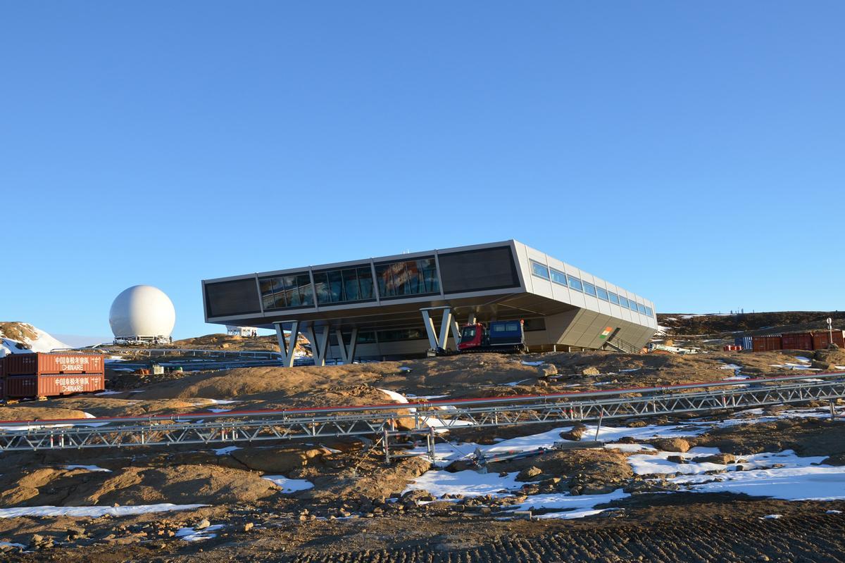 The Bharathi Antarctic research station (Photo: bof artchitekten)