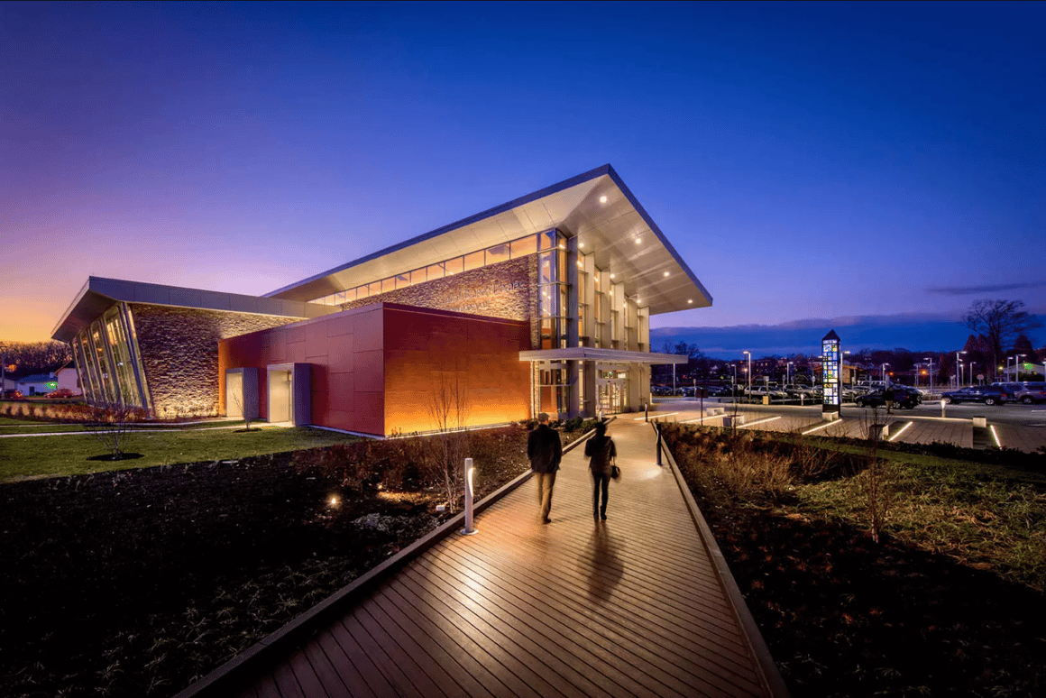 Recipient of a2018 AIA/ALA Library Building Awards for excellence in architectural design:Laurel Branch Library in Maryland byGrimm + Parker Architects