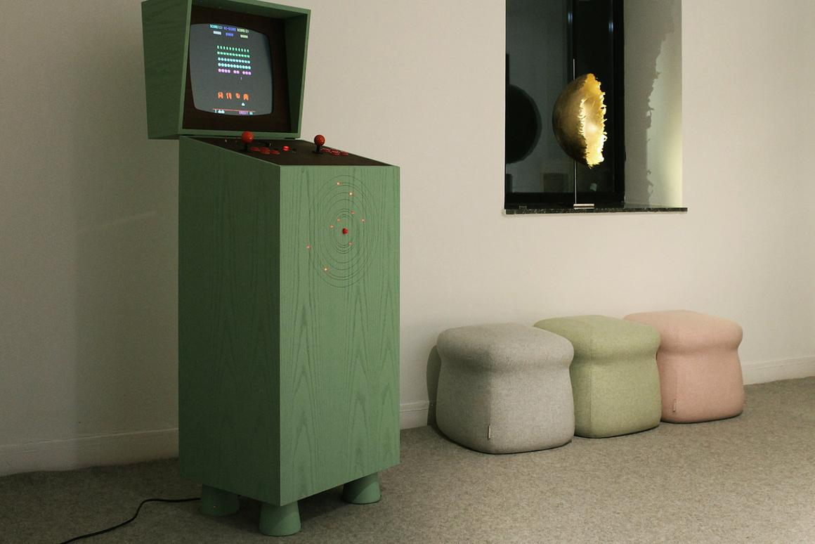 The Pixelkabinett 42 combines 80s video games with a touch of 50s Space Age nostalgia