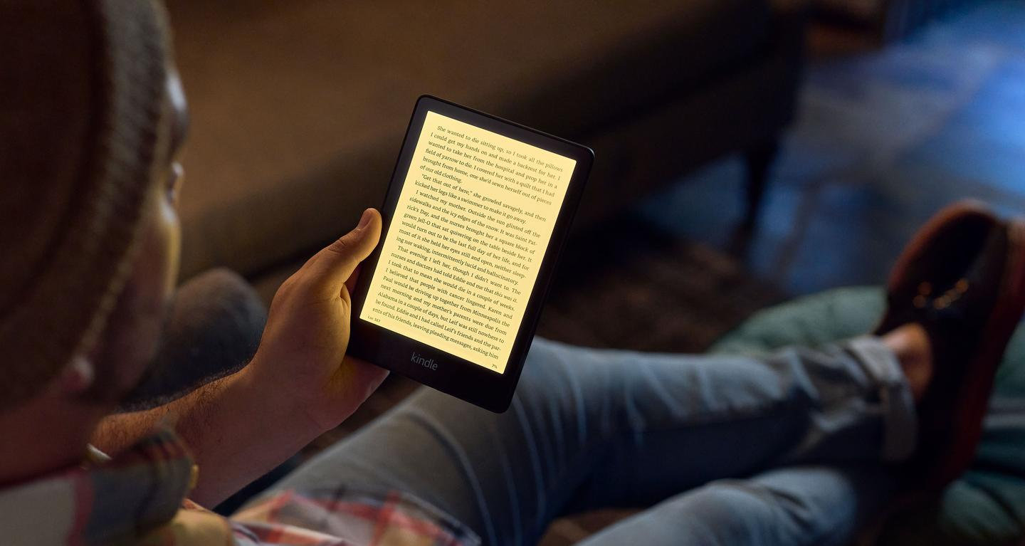The 2021 Kindle Paperwhite ereader comes with more LEDs than its predecessor for more brightness at the maximum setting, plus an adjustable warm light mode
