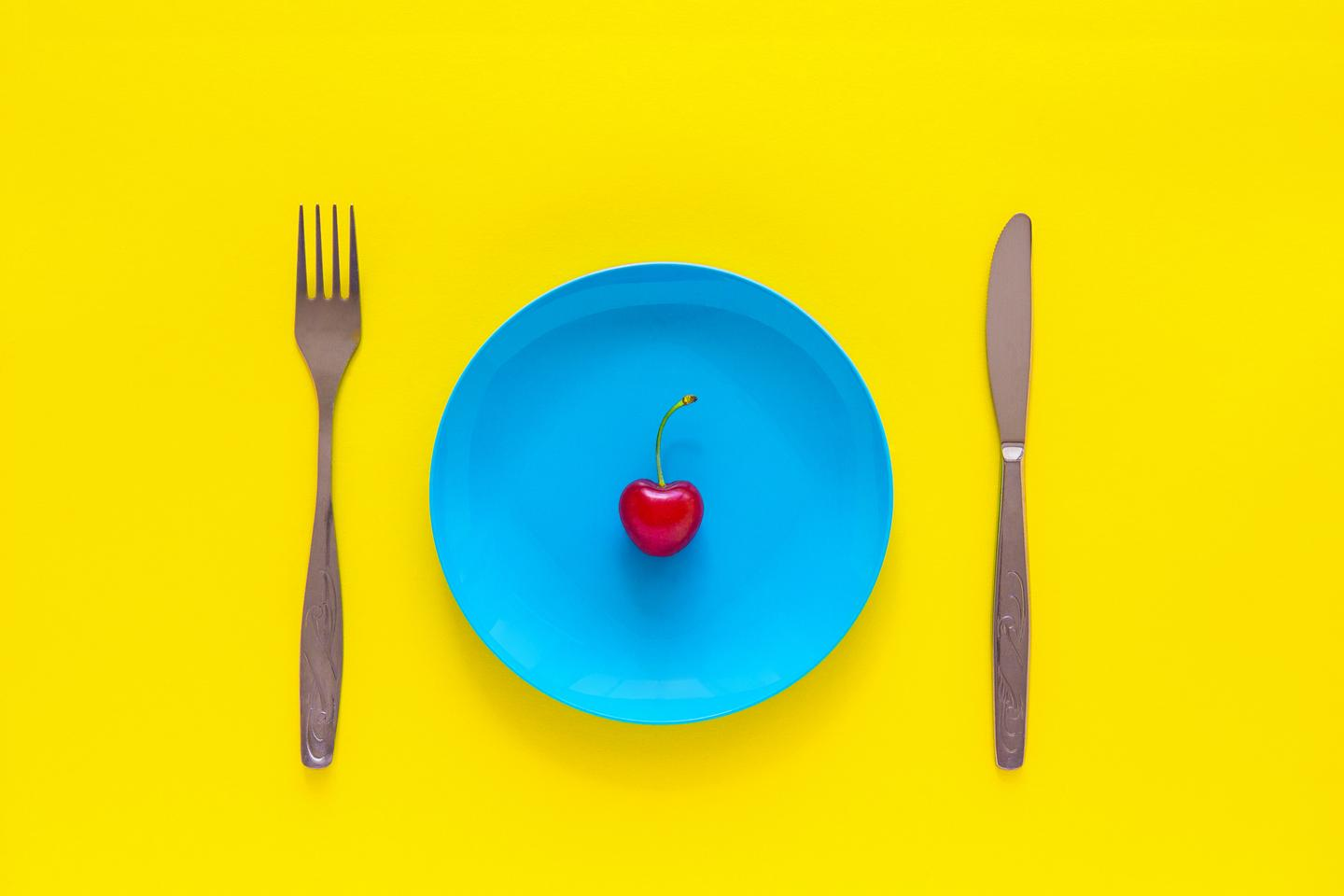 A new study has shown how periods of simulated fasting in mice can prevent obesity, improve heart health and increase their lifespan