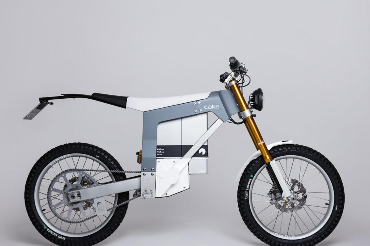 The original Kalk's geometry borrowed heavily from Enduro and downhill bikes, and the Kalk& does the same