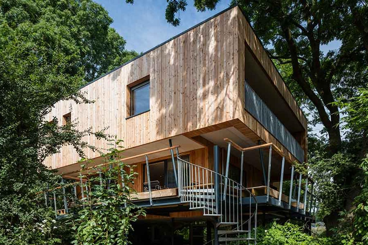 Dursley Treehouse is a stunning family home built above a series of screwpiles, specifically designed for minimal impact on the ground