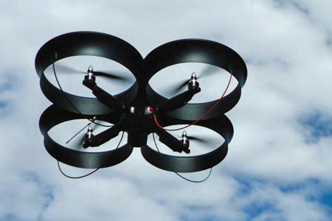 CyberQuad: best of both worlds UAV designed for urban