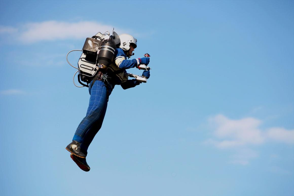 David Mayman flies the JB-9 jetpack