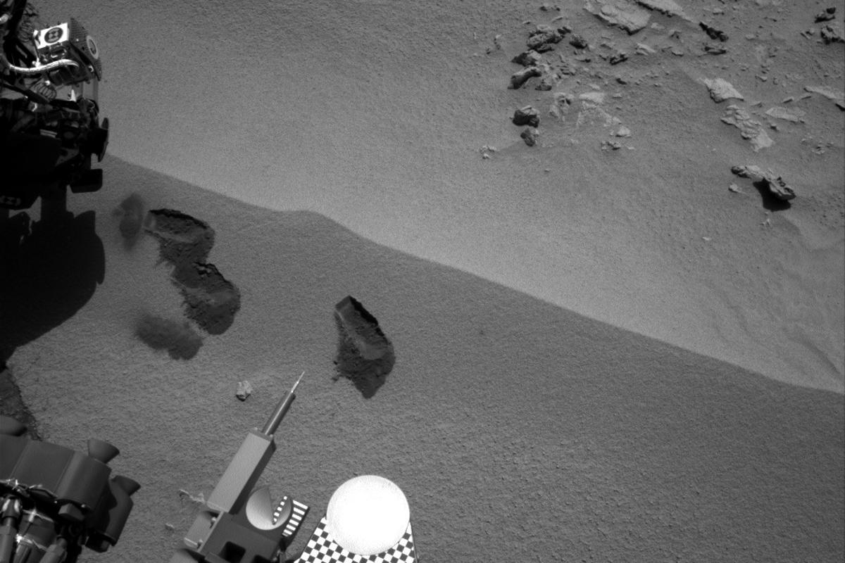 The first three bite marks of Curiosity's robotic arm (Image: NASA/JPL-Caltech)