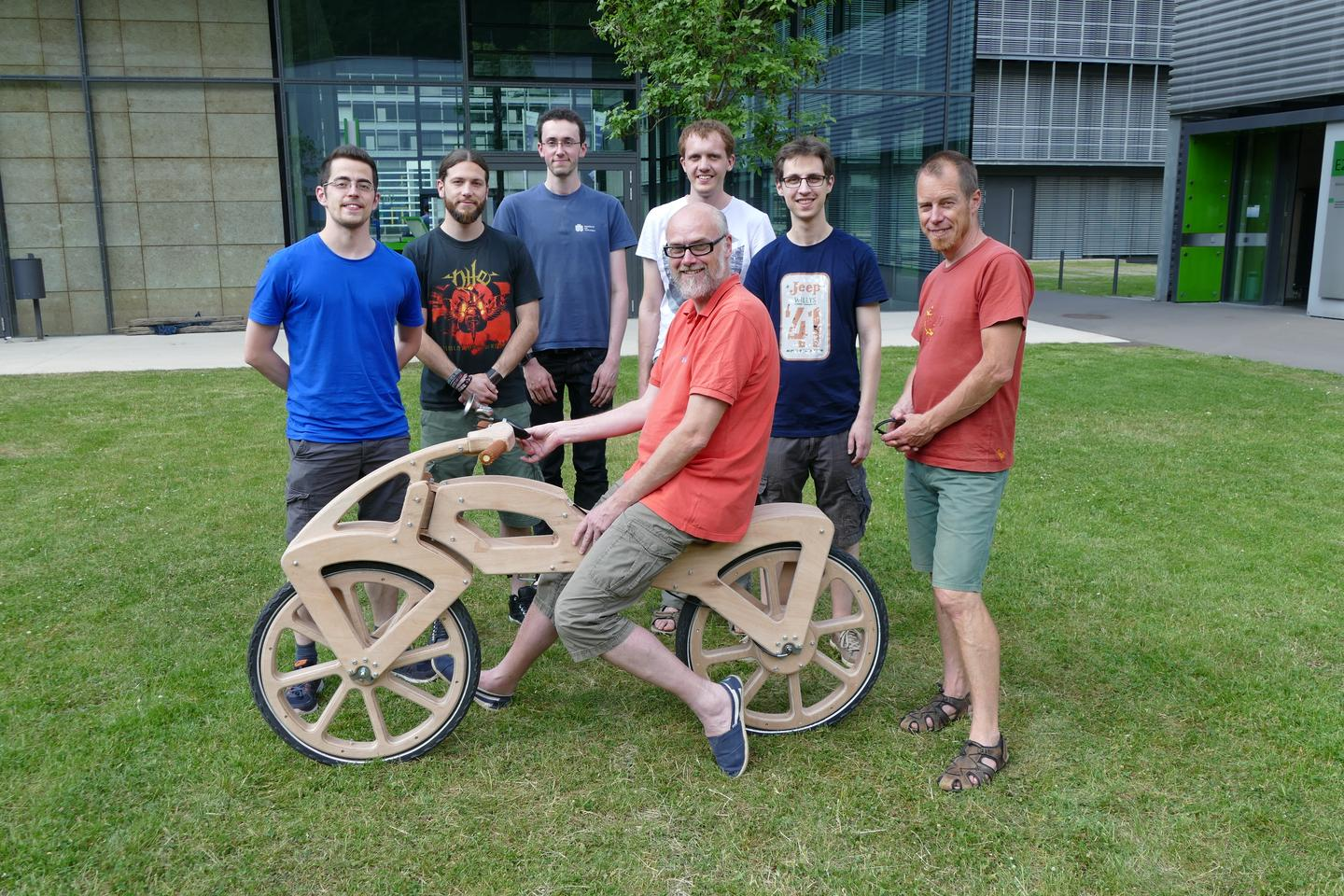 Prof. Holger Hermanns and the Draisine 200.0 team