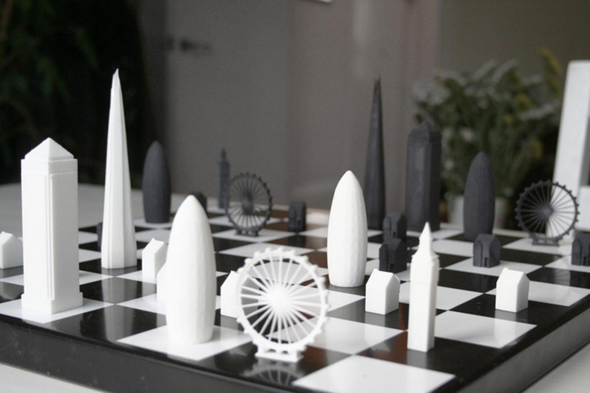 The Skyline Chess set features pieces modeled after London landmarks (Photo: Skyline Chess)