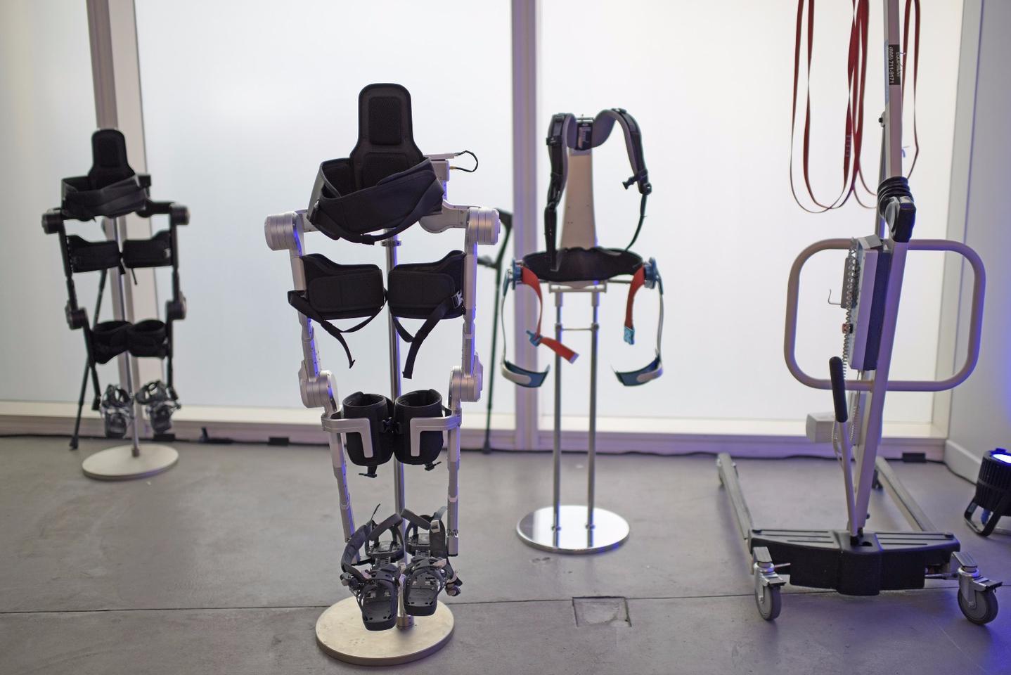 Hyundai is highlightingits robotic exoskeleton line at CES2017
