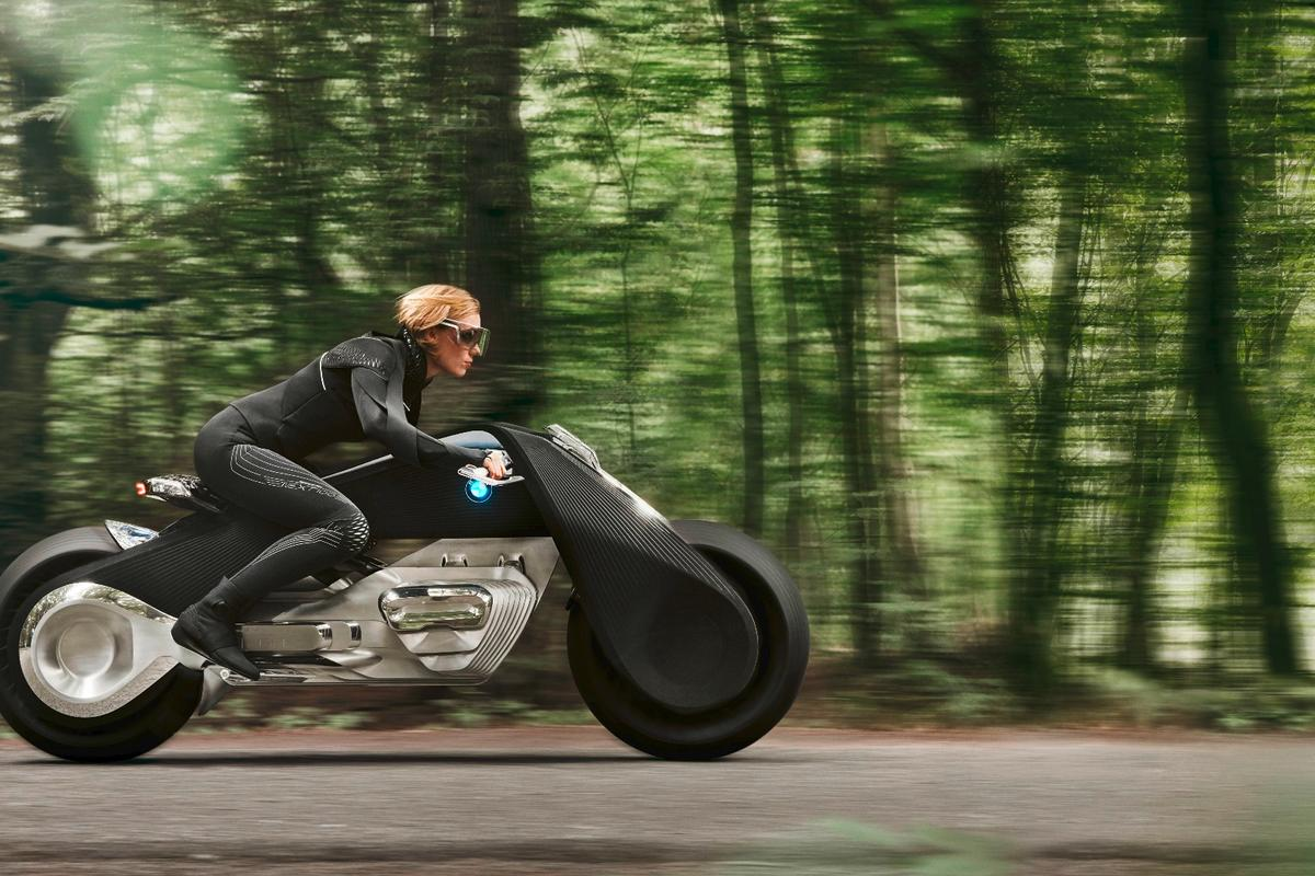 The Motorrad Vision Next 100 requires no safety equipment for the rider