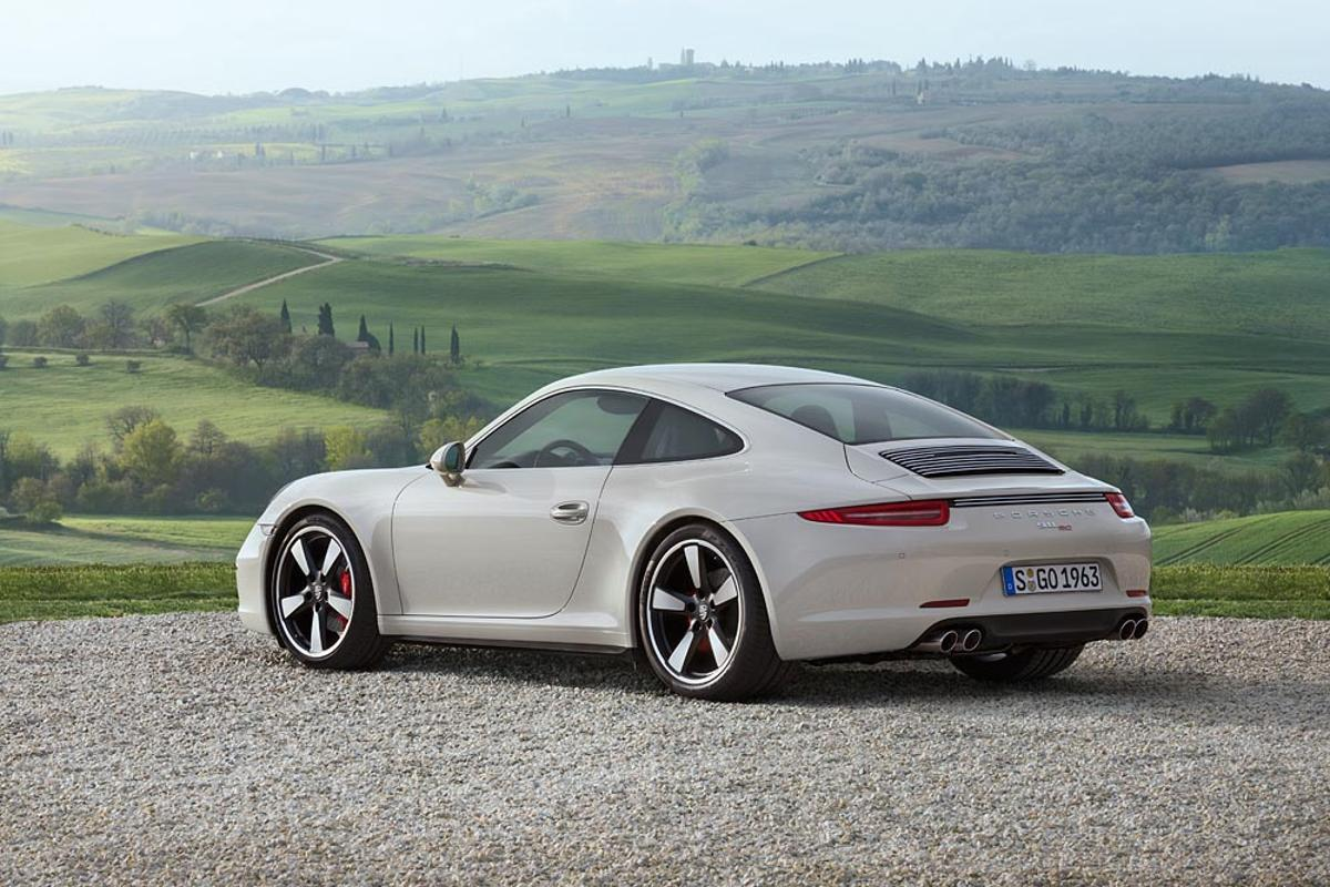 The 911 50th Anniversary Edition will be available this September for US$124,100