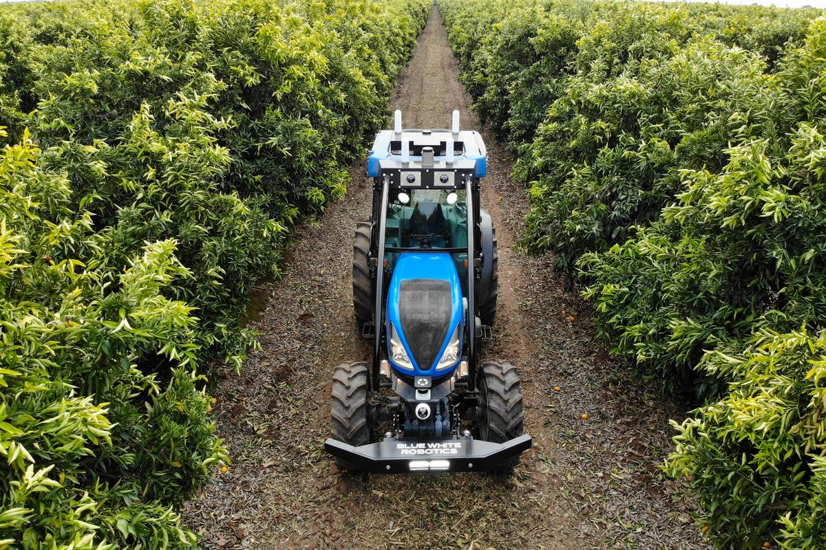 According to Blue White Robotics, its kit is compatible with tractors of all makes and models
