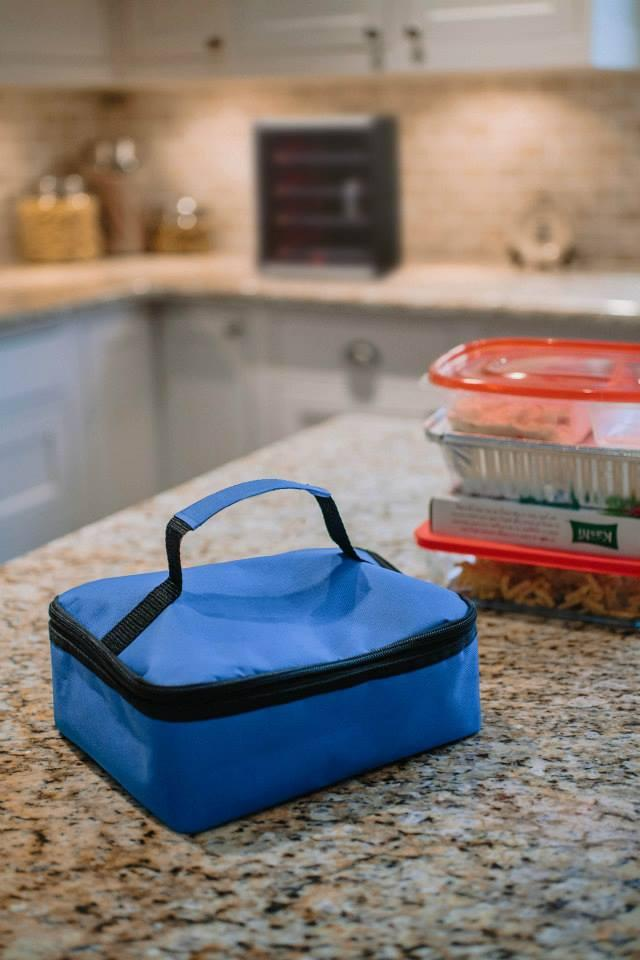 """The Mini heats up your food in approximately 60 to 120 minutes and then keeps it at a """"pathogenic safe temperature"""" until you pull it out and eat it"""