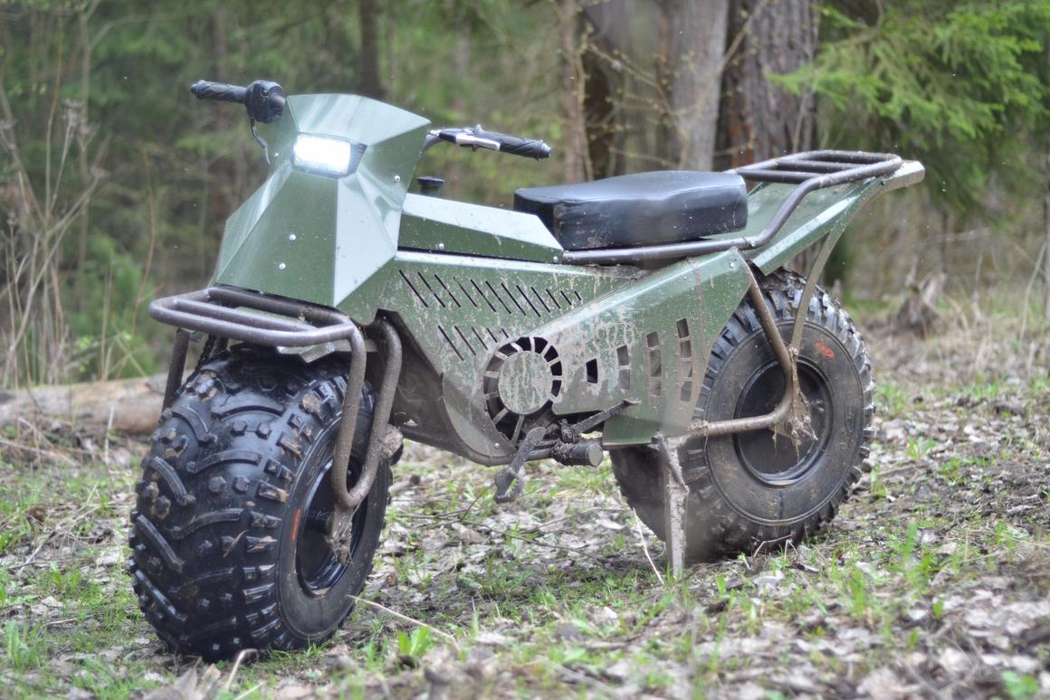 The best foldable fat-wheel 2WD Russian motorcycle you'll