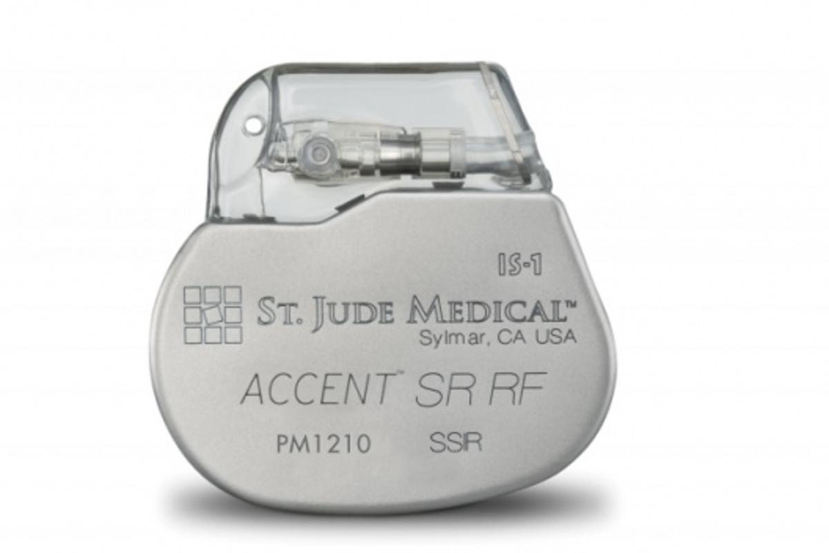 The Accent pacemaker sends a wireless signal to a home transmitter, which then forwards the information to the cardiac specialist via the Internet(Image: St Jude Medical)