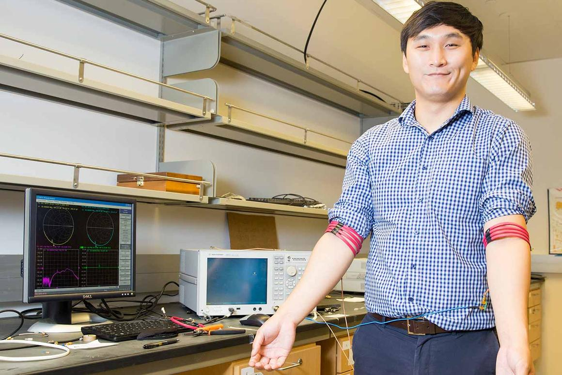 Engineers at UC San Diego have created a device that will allow ultra-low-power wireless connectivity with monitors and wearables using the human body as the communication path