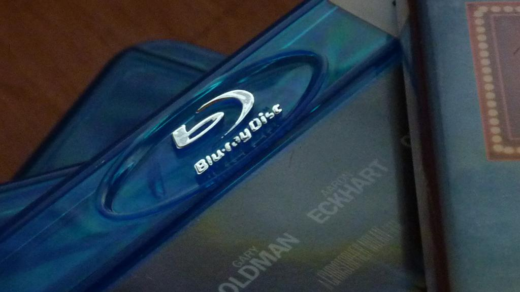 Existing Blu-ray discs will play in BDXL and IH-BD hardware, but BDXL and IH-BD discs will be incompatible with existing hardware (Image: smemon87 via Flickr)