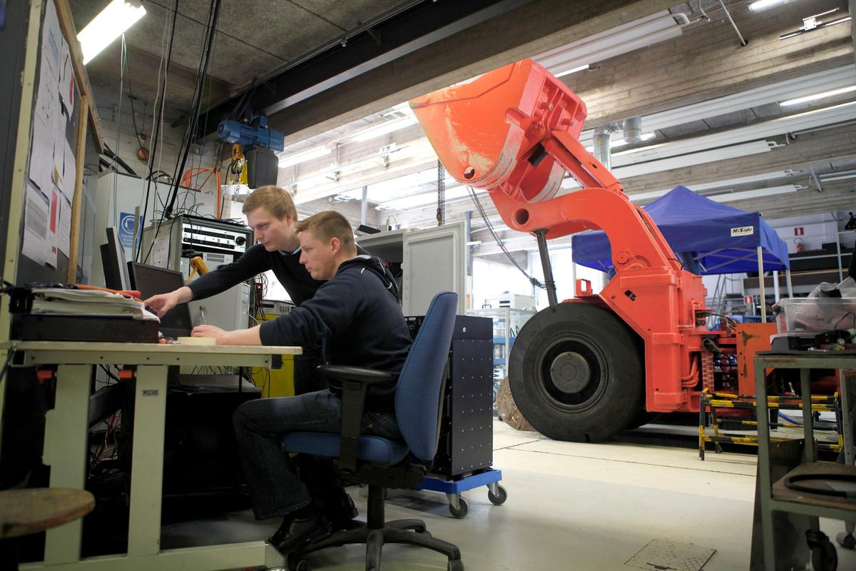 Researchers have harnessed the energy generated by heavy machines, and used it to cut their fuel consumption by half (Photo: Aalto University)