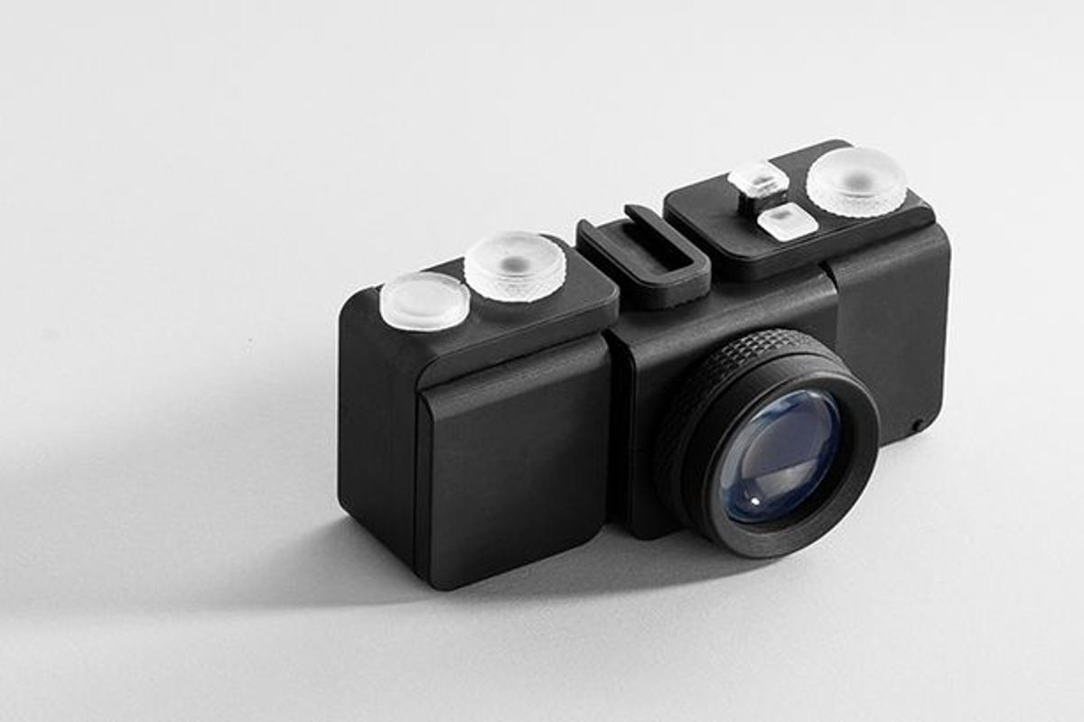 The fully 3D-printed SLO camera designed and printed by Amos Dudley