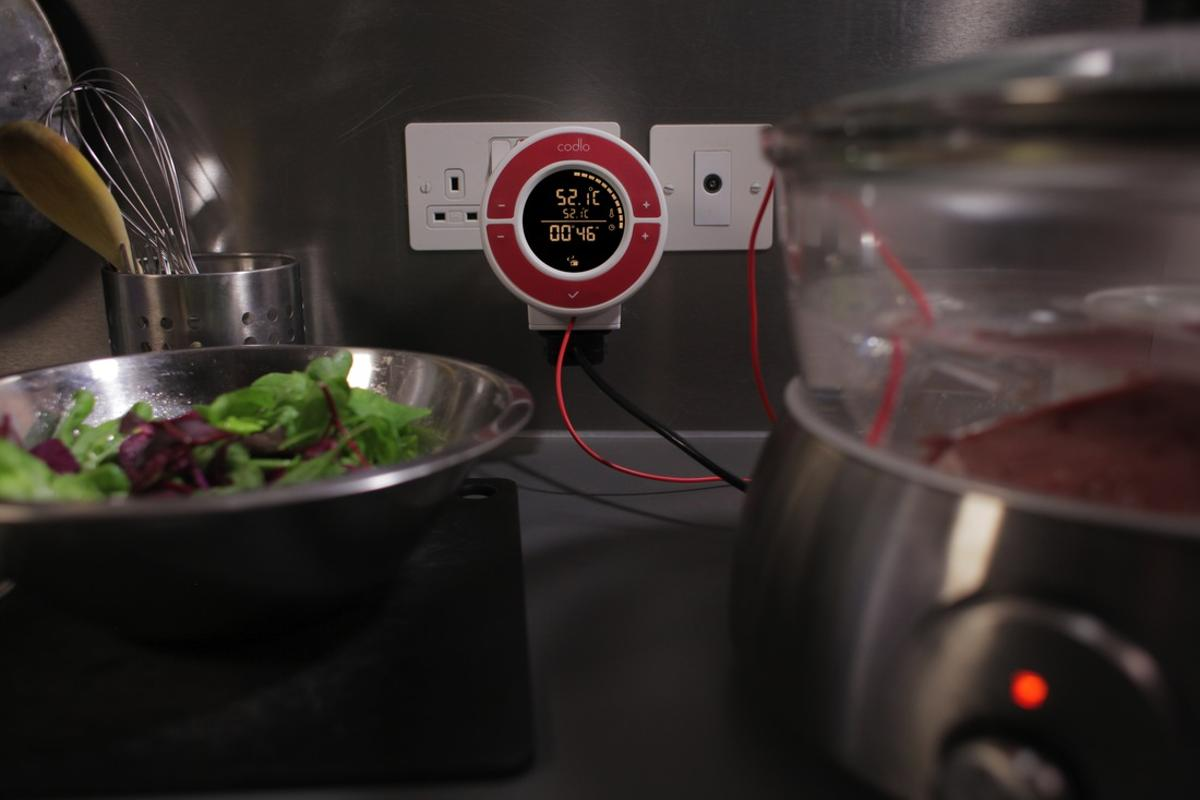The Codlo is a kitchen device that allows you to use your existing slow cooker or rice cooker to prepare sous-vide cuisine