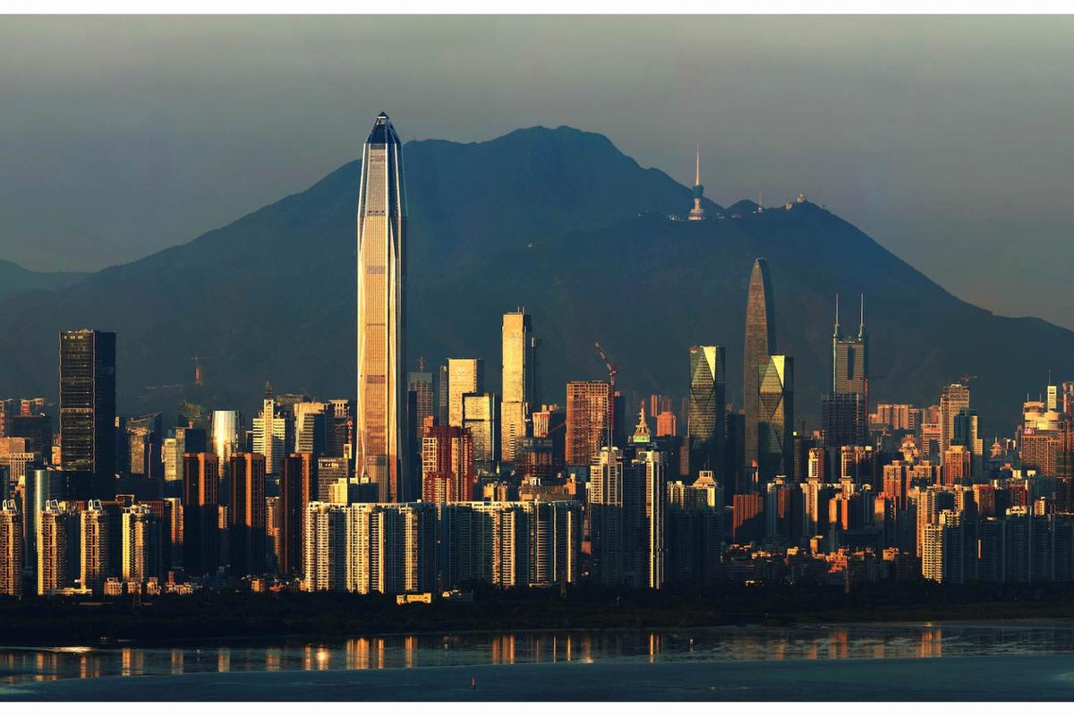 KPF's Ping An Finance Centre reaches a height of 599.1 m (1,965 ft), making it the 4th-tallest building in the world