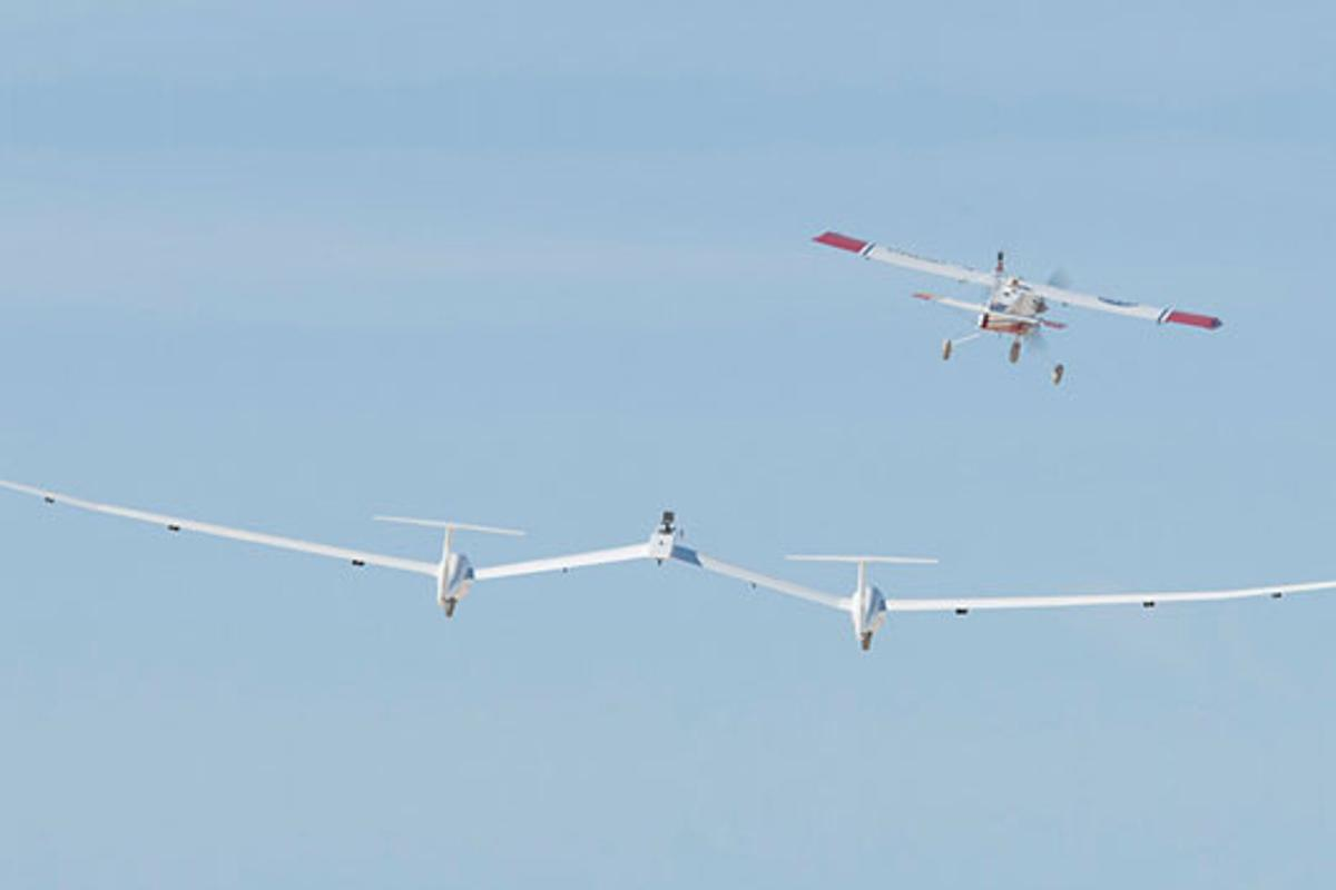 The TGALS one-third scale prototype on its first test flight (Photo: NASA / Tom Tschida)