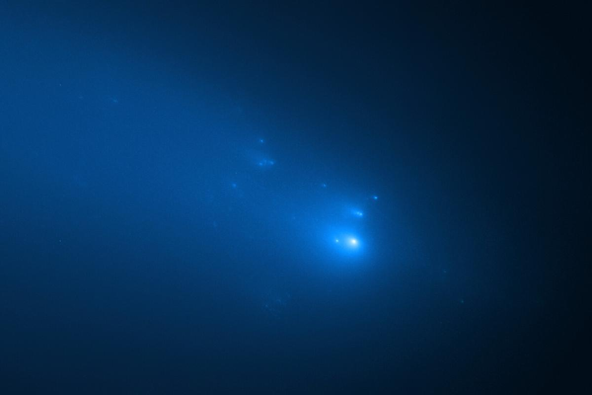 Image of Comet ATLAS taken by Hubble on April 23 this year
