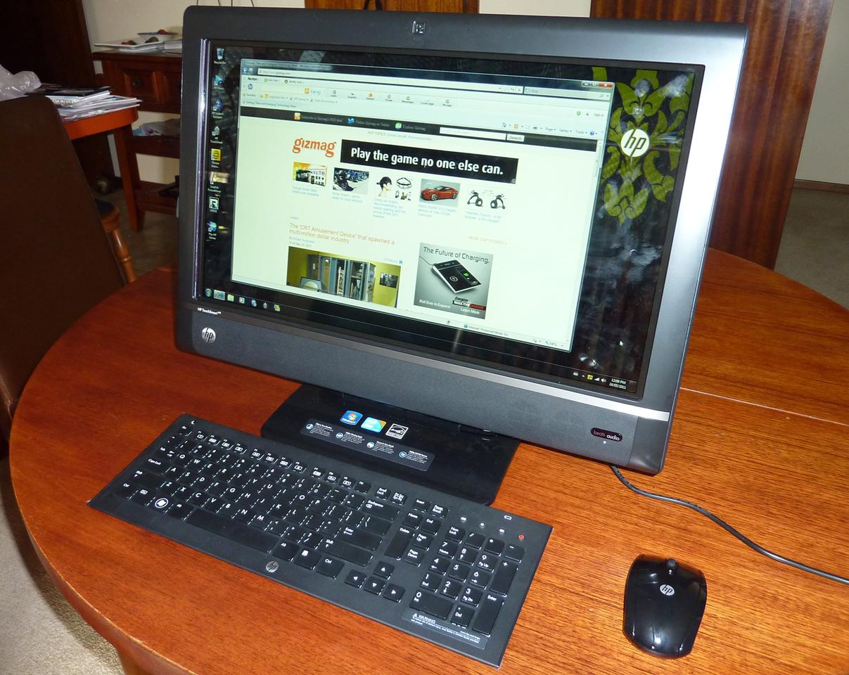 The HP TouchSmart 610-1030a in upright position