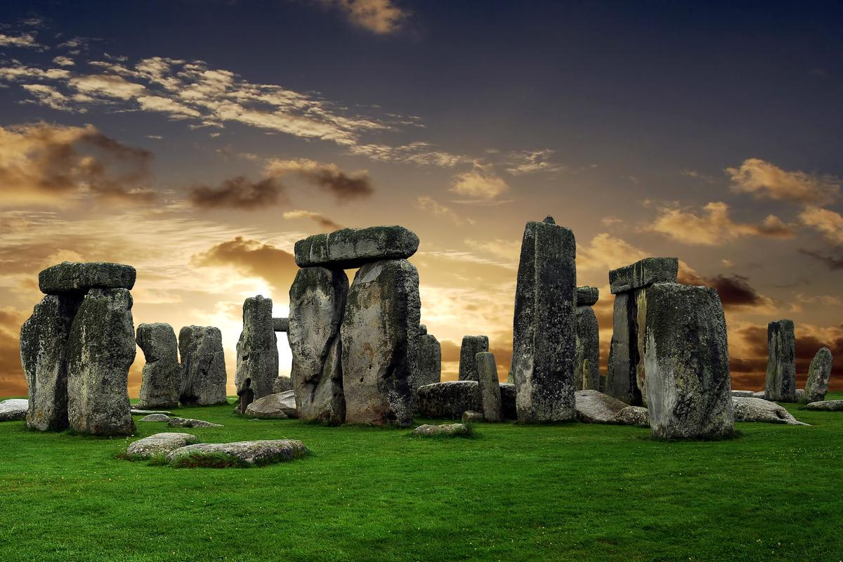 Archaeologists have discovered the remains of a huge ancient structure near Stonehenge