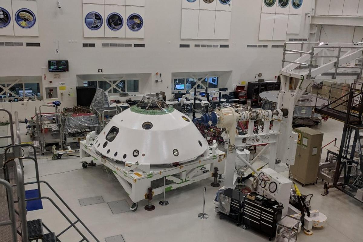 The Mars 2020 lander in the clean room at NASA's Jet Propulsion Laboratory