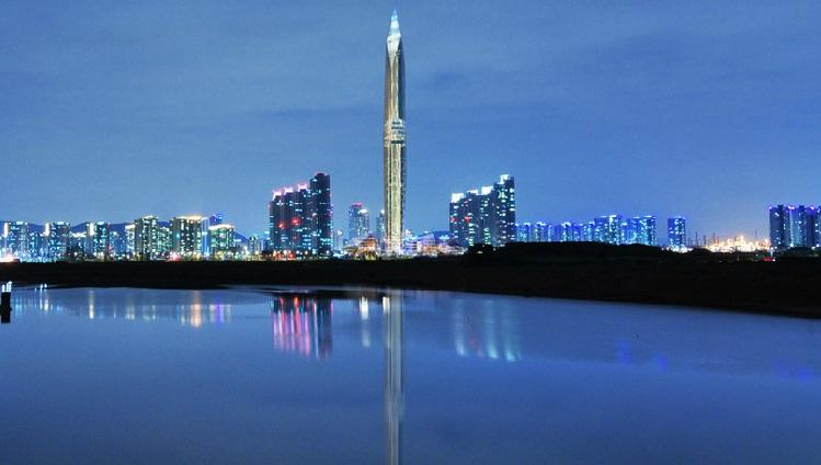 """The sleek observation tower is set to become the """"world's first invisible tower"""" and third highest observation deck"""