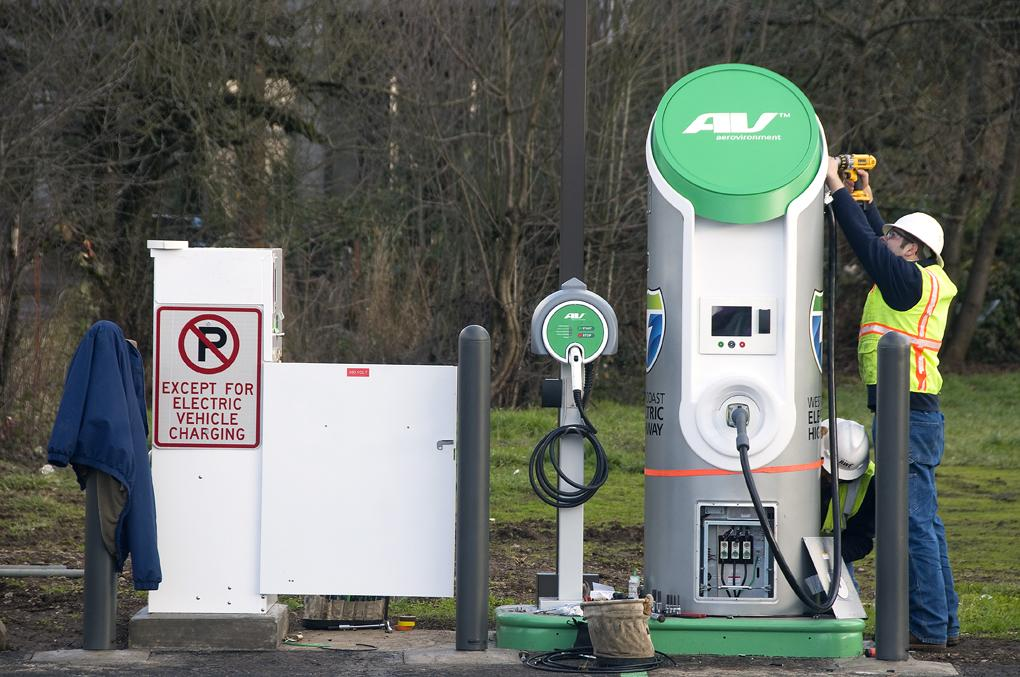 A 2020 vision for a national fast charging network is to be developed