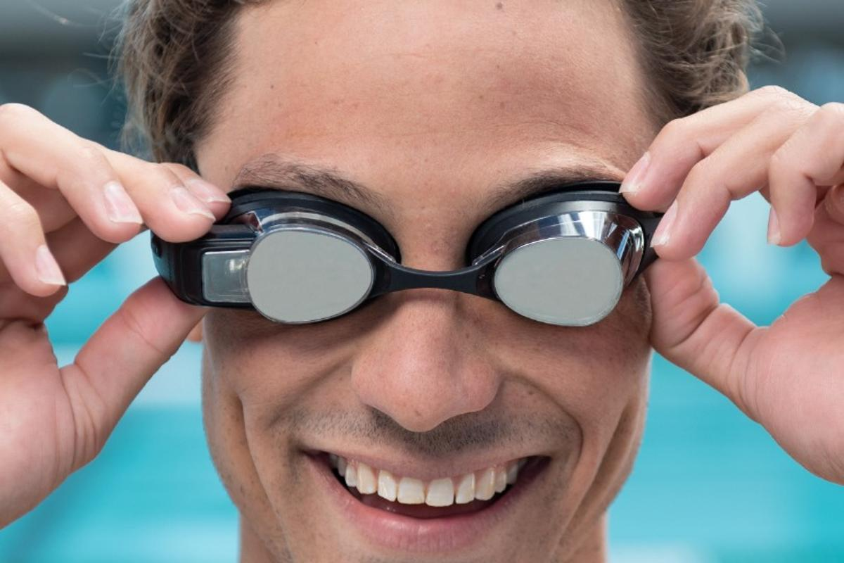 Form Swim Goggles sell for US$199
