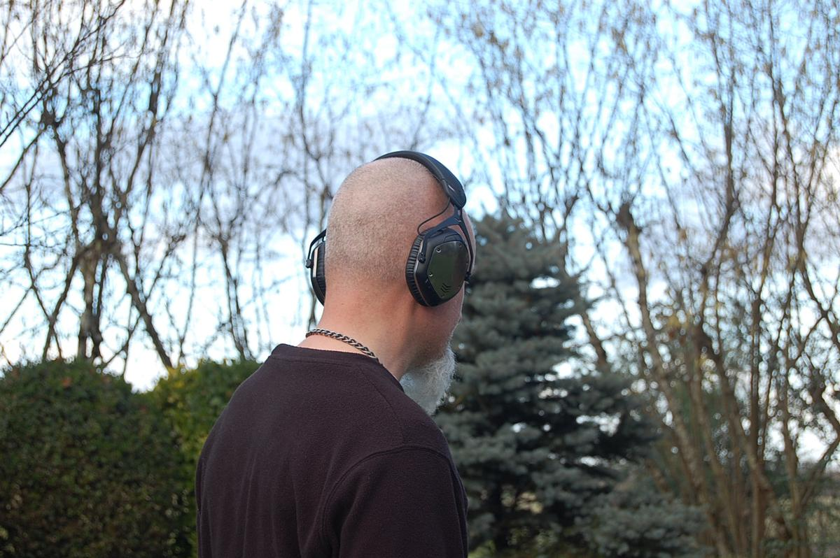 Out for a cable-free walk in the park with the Crossfade Wireless headphones from V-Moda