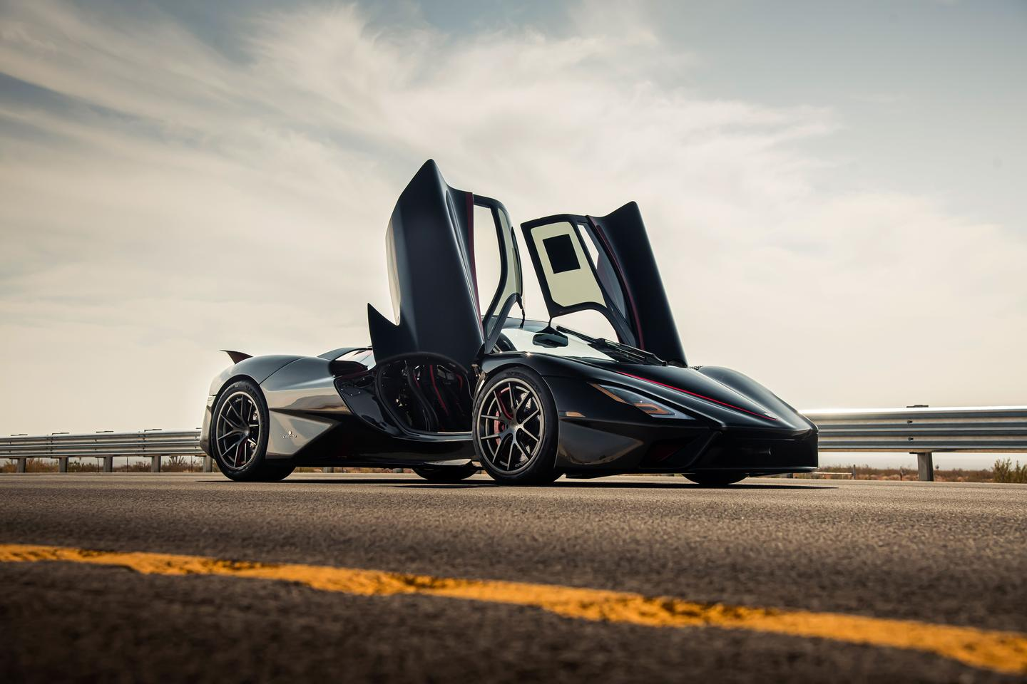 The SSC Tuatara follows in the footsteps of the SSC Ultimate Aero, which set a 256-mph record in 2007