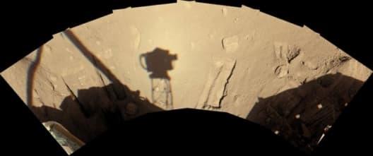 Trench digging on MarsImage credit: NASA/JPL-Calech/University of Arizona/Texas A&M University