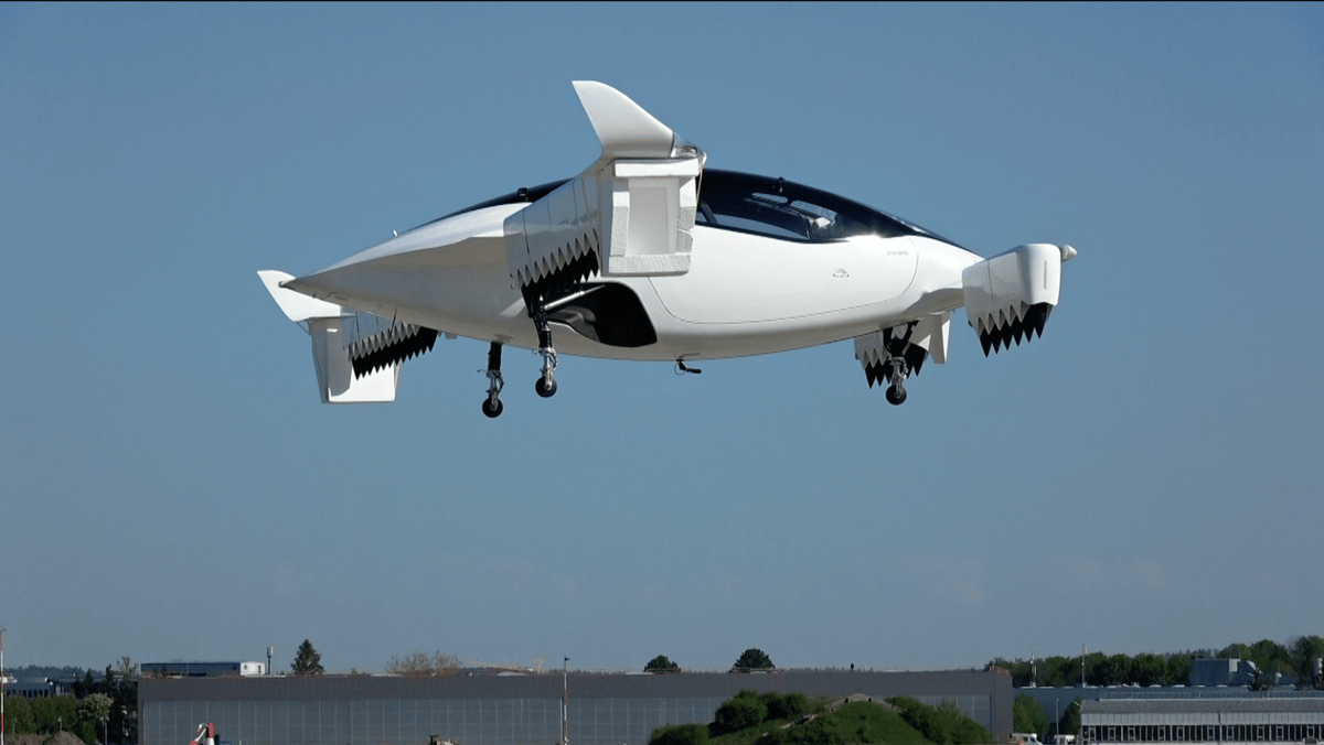The Lilium Jet five-seat aircraft on its maiden flight