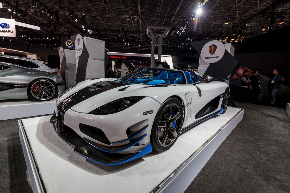 The Agera RS1 is powered by the big, megawatt-producing 5.0-liter V8 twin-turbo