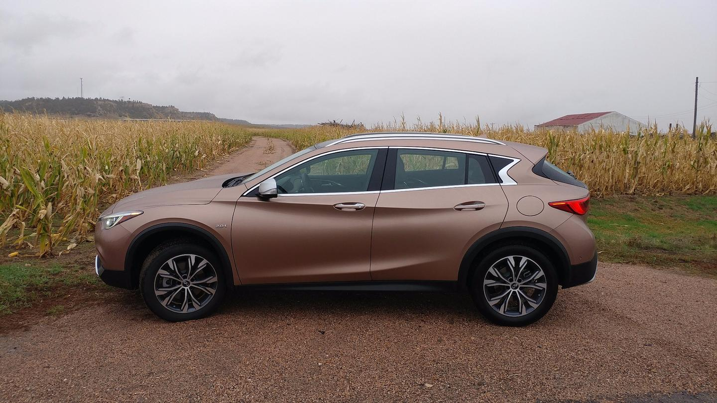 For those looking to emphasize sport, the 2018 Infiniti QX30 definitely fits the bill