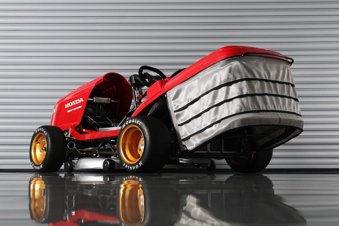 The Honda Mean Mower V2, capable of going at least 150 mph – but probably not while mowing