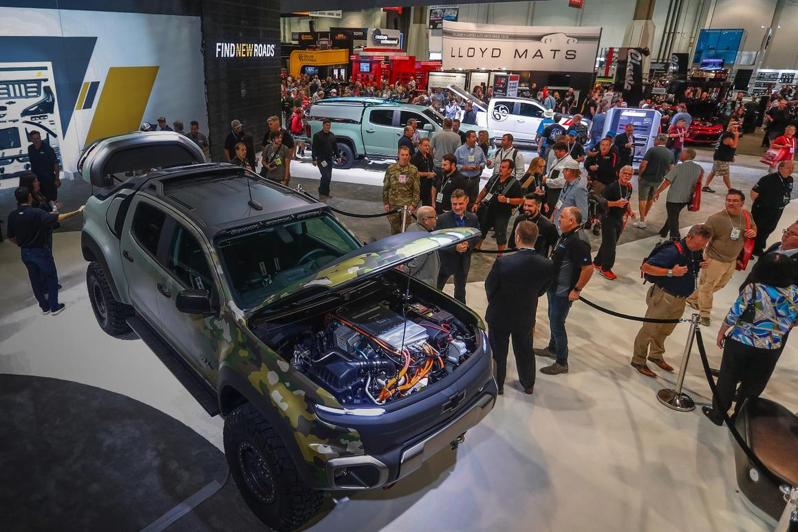 Chevy paints a fuller picture of the Colorado ZH2 fuel cell