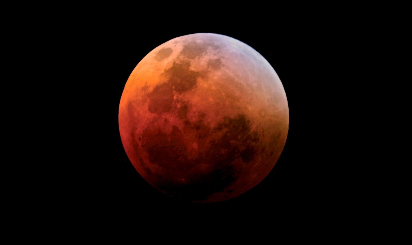 """This """"Supermoon Lunar Eclipse"""" or """"Super Blood Moon"""" has only happened five times since 1900 and if you miss out, you'll have to wait until 2033 for another chance to see it"""
