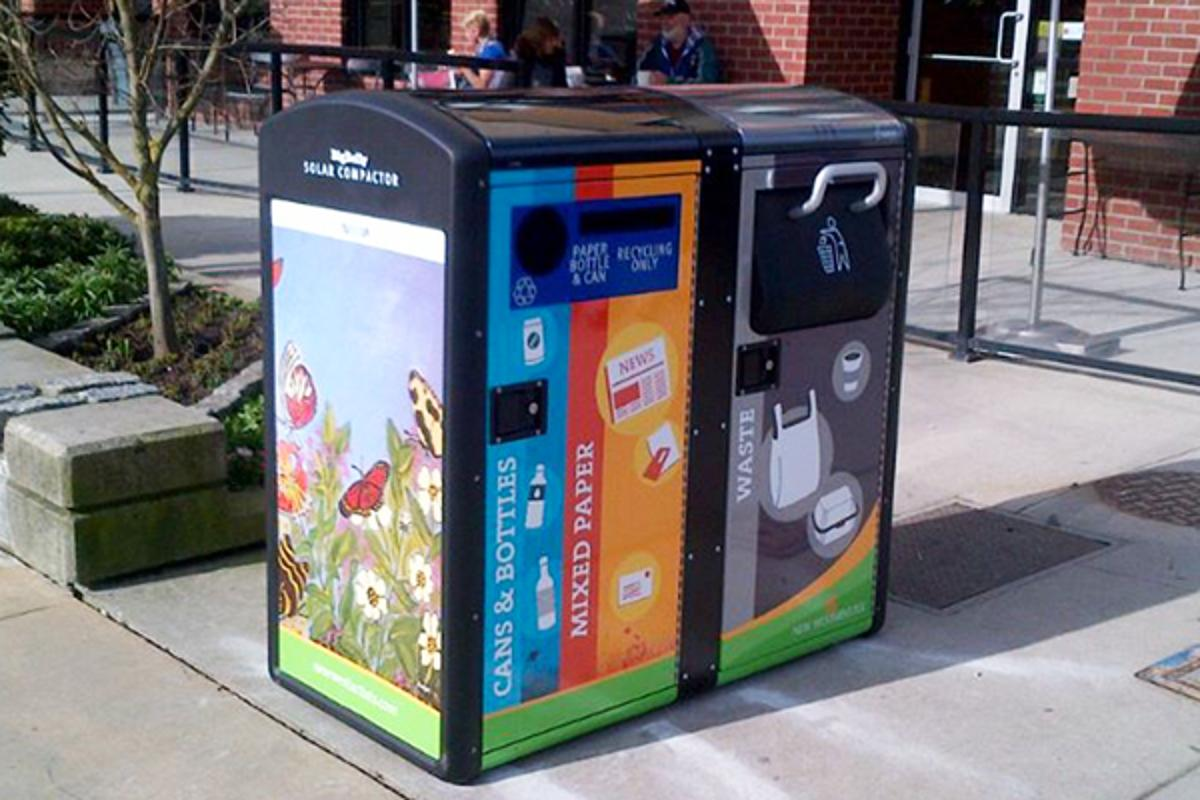 Bigbelly's solar-powered recycling/garbage bins serve double duty as Wi-Fi hotspots