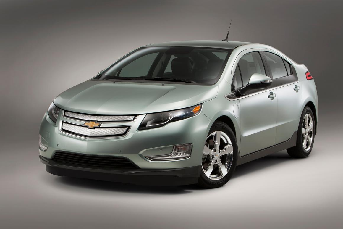 The 2013 Volt will offer drivers a little extra all-electric range when it goes on sale in August