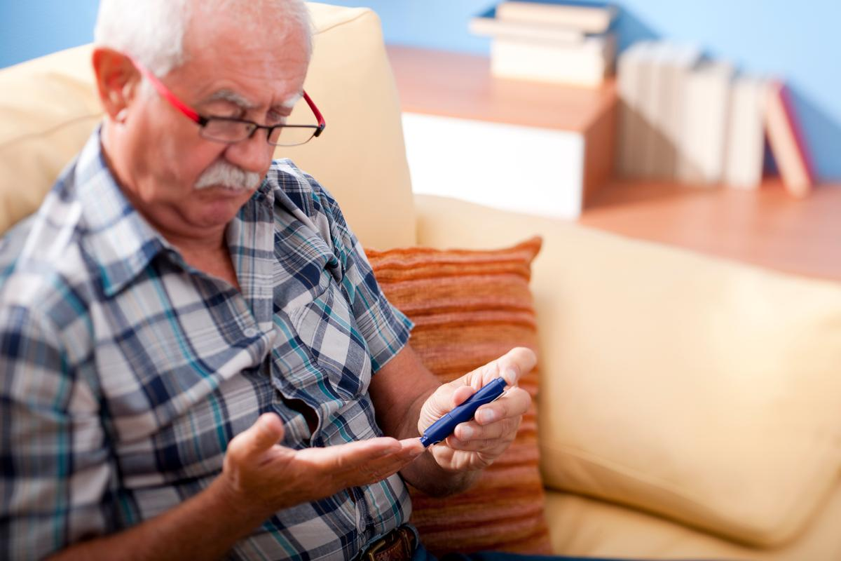 A new study has found that regular testosterone injections may reduce the risk of developing type 2 diabetes in older men
