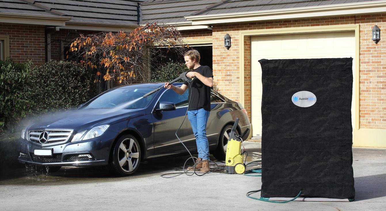 Aussietank could be a good solution to collect rain water for maintaining the garden, washing the car or filling up the pool